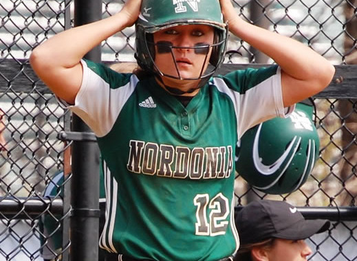 Vic's Corner: Nordonia Girls Softball double header vs Crestwood 4-23-16