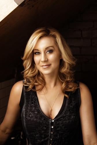 rsz_kellie_pickler_credit_robby_klein_copy