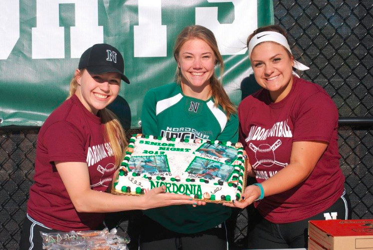 Nordonia Lady Knights Senior Night (pictures) and Wednesday night game results