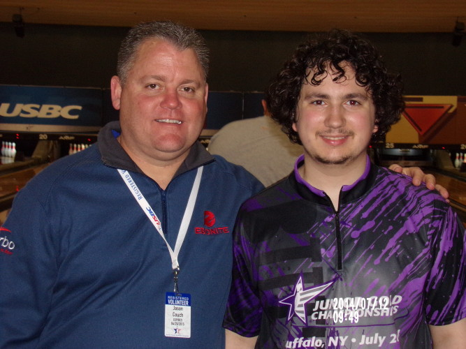 Ryan with Pro Bowler Jason Couch, who was giving personal instruction at Junior Gold.