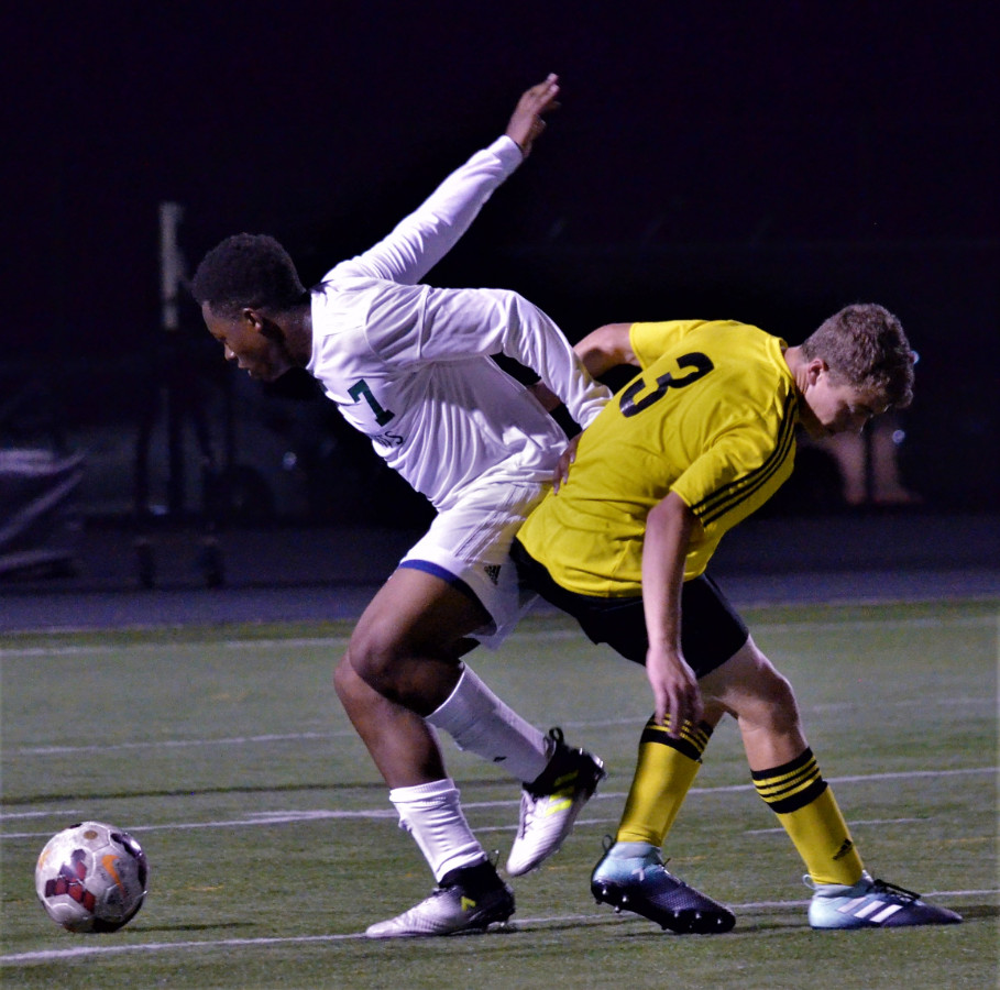 Vic's Corner: Nordonia Holds Off Cuyahoga Falls 2-1 in Boys Soccer
