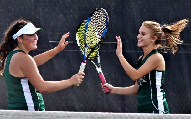Vic's Corner: Lady Knights beat Cuyahoga Falls in Tennis