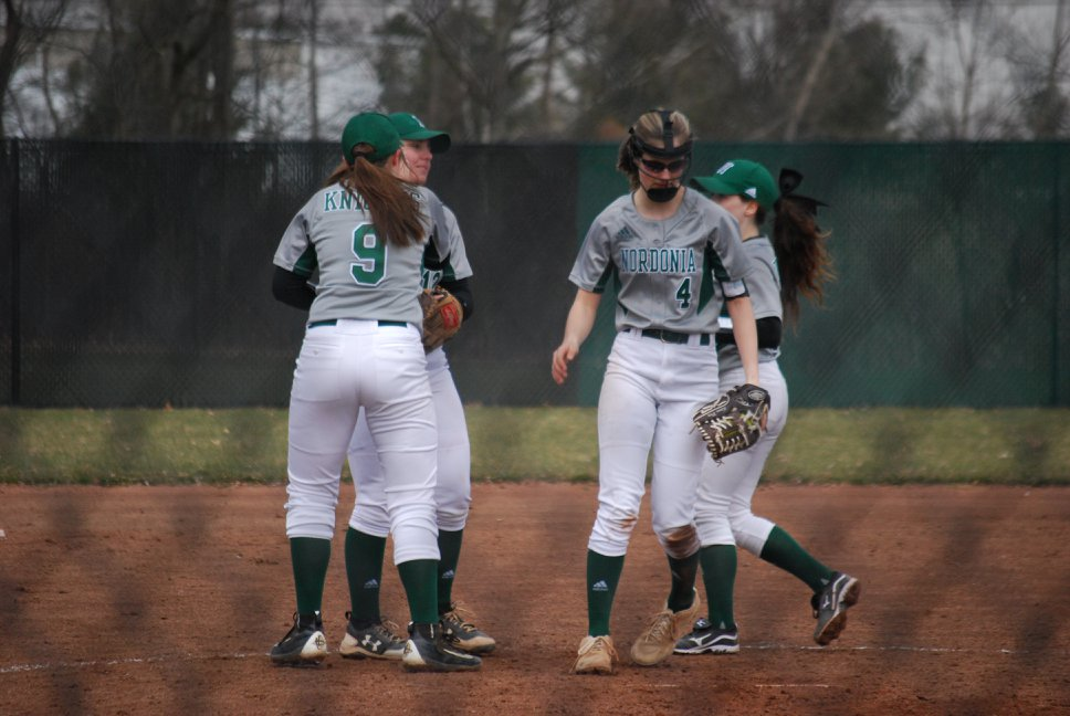 Varsity Girls Softball: 4-11-18 - Lady Knights beat Wadsworth 8-6 at home