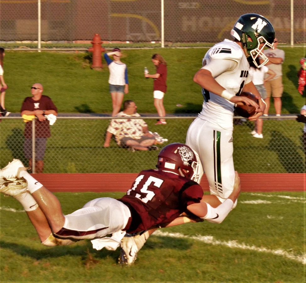 Vic's Corner: Knights Improve to 2-0 with a 44-13 Victory Over Woodridge (Photo Gallery)
