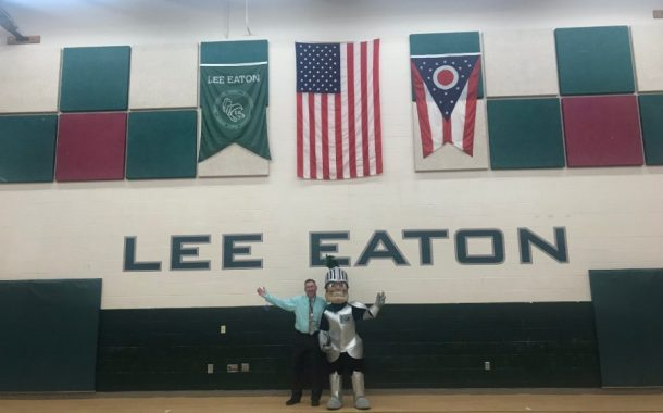 Nordonia Mascot Visits MIddle School and Lee Eaton Open House (PHOTO GALLERY)
