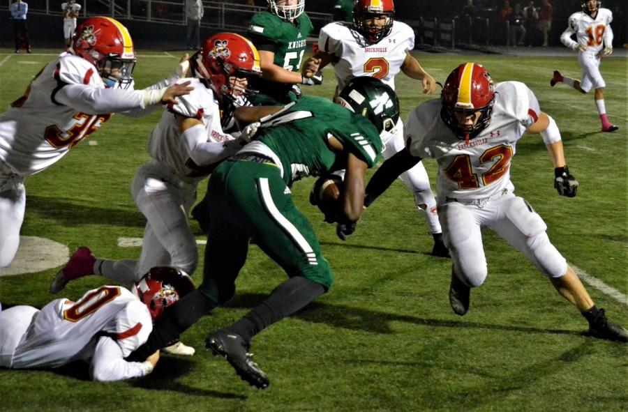 Vic's Corner: Knights beat Brecksville 31-29 in a Thriller! (PHOTOS and VIDEO)