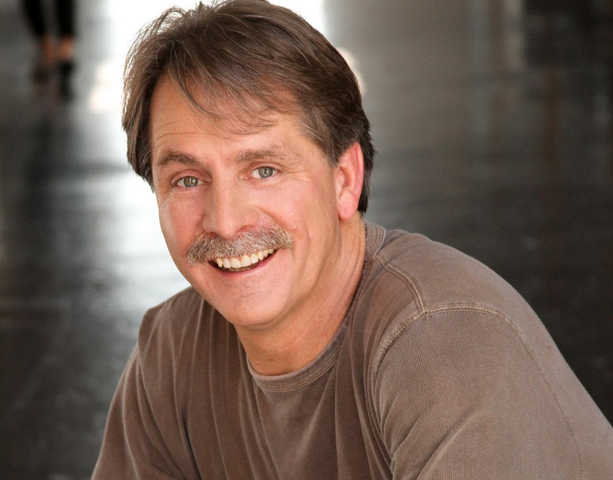 Catching up with Jeff Foxworthy for his October 6 Hard Rock Rocksino Northfield Park show