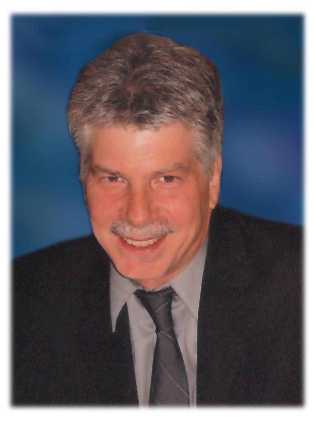 Obituary: MARK V. CASTAGNOLA