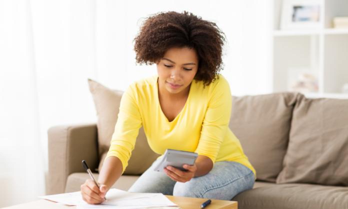 4 Helpful Ways to Save Money When Buying Furniture